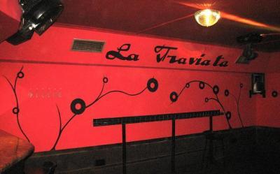 Pub La Traviata