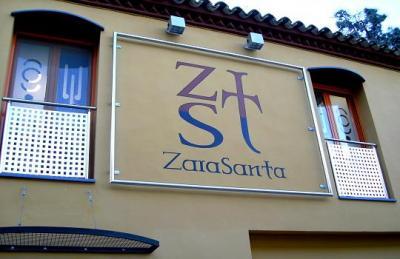 ZaraSanta