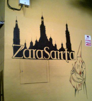 Decoración fachada ZaraSanta (El Pilar)